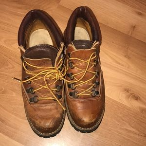 Danner hiking boots brown leather size 7.5